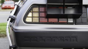 delorean back to the future.jpg